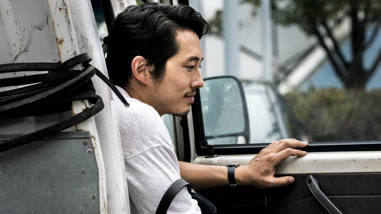 BURNING stars Walking Dead actor Steven Yeun in a performance that is suave yet full of chills.