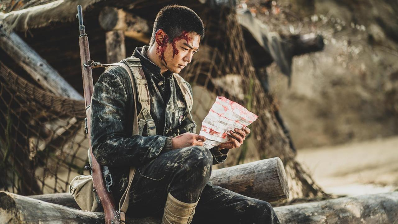 Korean War student soldier reads lost letter