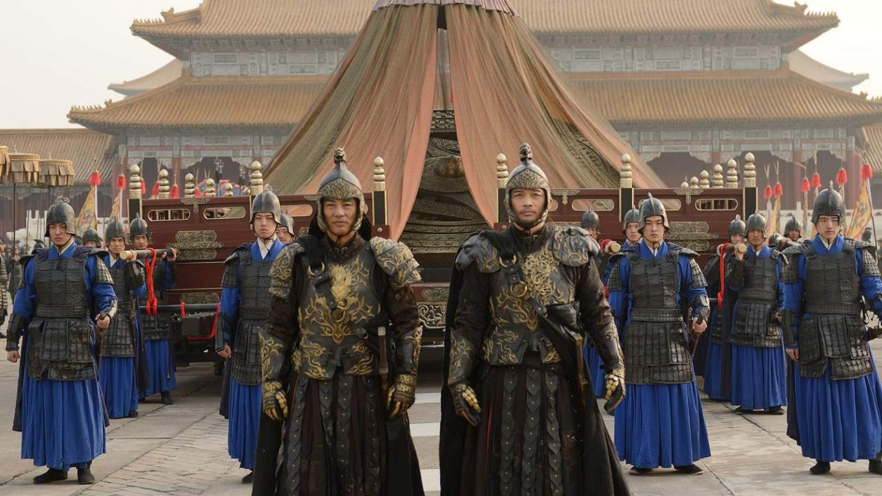 Guards to emperor stand in front of palace in Donnie Yen's Iceman film