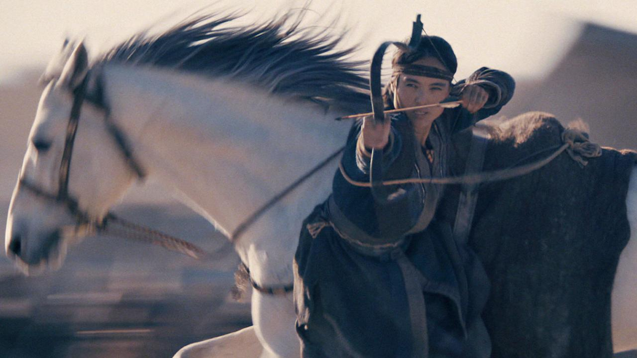 Female warrior using a bow from a horse in THE LEGEND OF TOMIRIS
