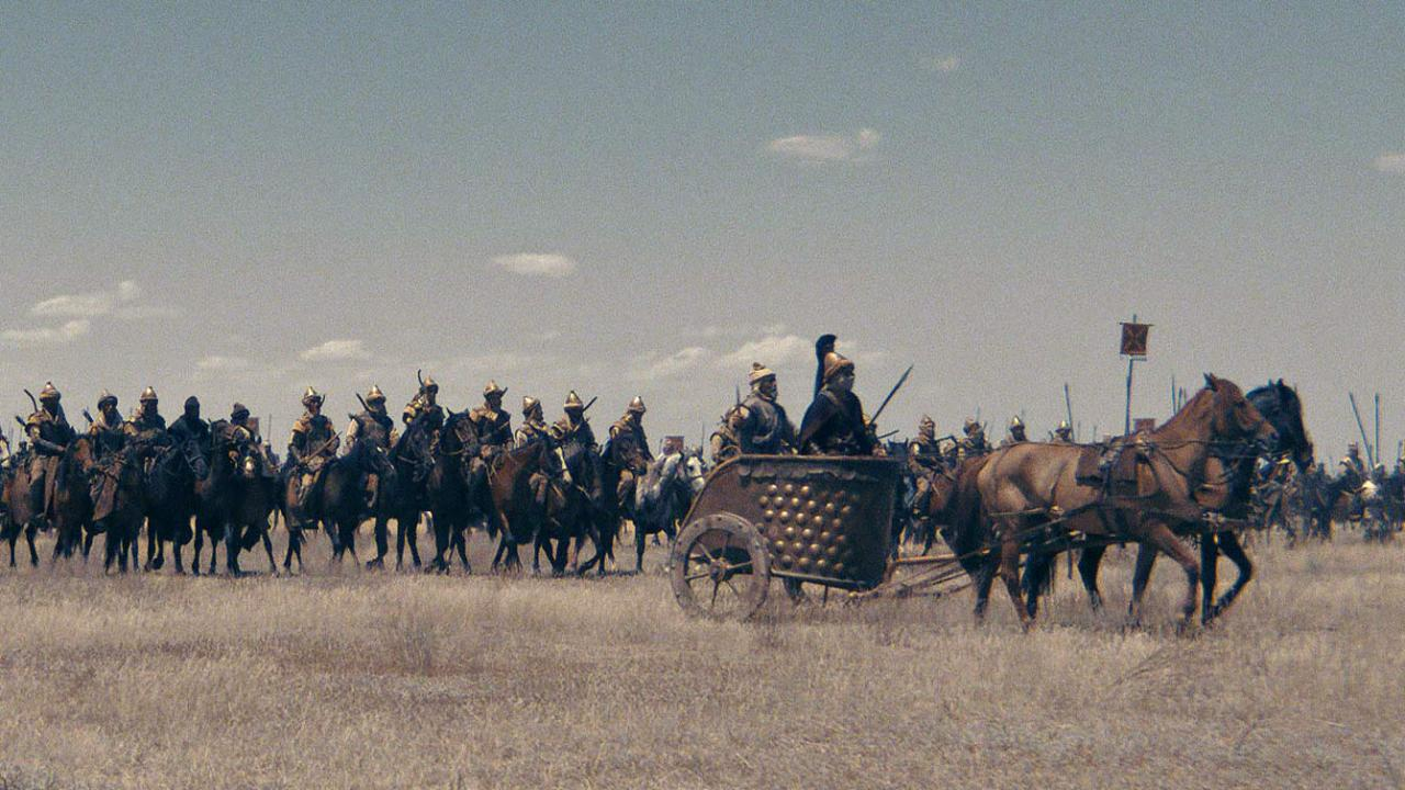 An army of warriors on horseback in THE LEGEND OF TOMIRIS